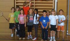 Badminton in der Volkschule (Foto von DropIn)